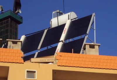 Solar domestic hot water system for a villa